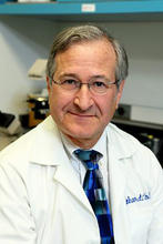 portrait of doctor Richard Novak professor of infectious diseases at the university of Illinois at Chicago